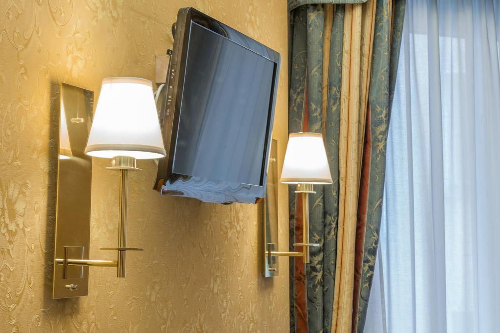 hotels des etrangers bonifacio